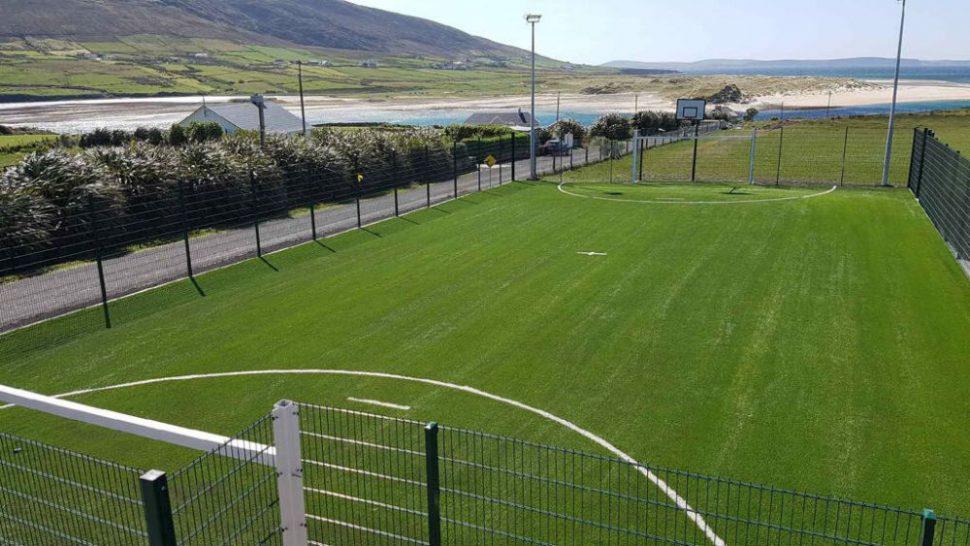 PST Sport artificial grass pitch at Colāiste Chomāin Rossport