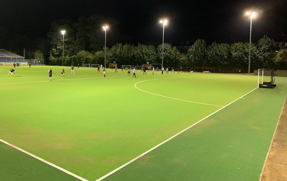first training session on artificial grass hockey pitch