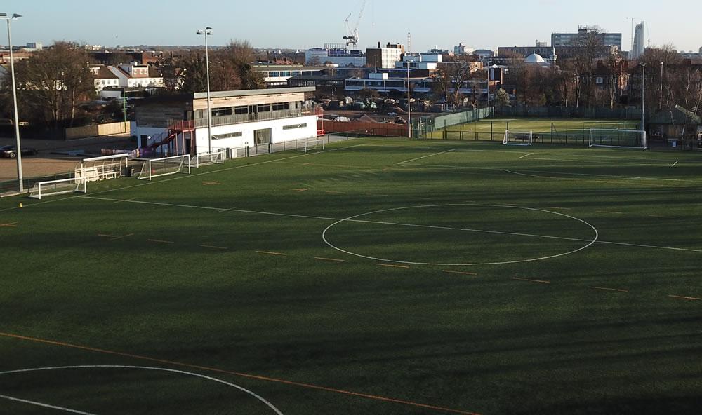 Sports pavilion, Club Des Sports