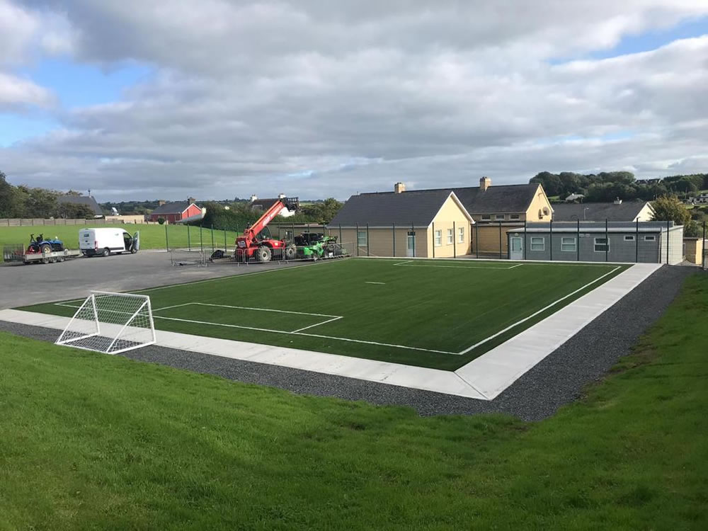Kiskeam national school artificial grass pitch